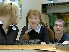Nueva Chica en la Escuela