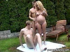 Embarazada Lena al aire libre DP