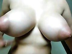 incroyable seins INCREDIBILE TETTE