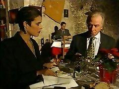 Italiana elegante Maturo barare marito in un ristorante