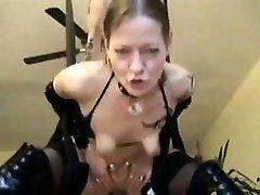 Alemán anal con feas tetas de Sonia de 1fuckdatecom