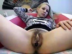 grande clitoride webcam girl 2