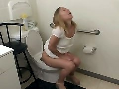 Stupid blond bitch Julie Knight dt on bathroom floor