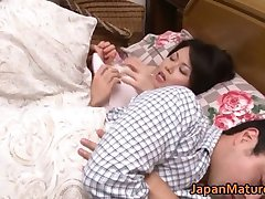 Miki Sato nipponjin zrela žena