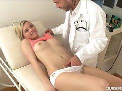 Medicinska sestra i liječnik sex video