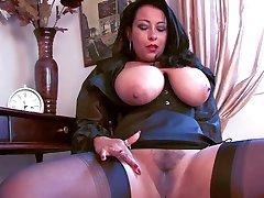 Worship your british mistress - C4R
