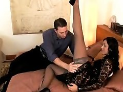 BEAUTIFUL NYLON LEGS WORCHIP