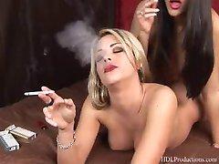 Lea Jay - pušenje Fetiš na Dragginladies