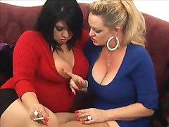 Busty lesbian pušače protiv 120С