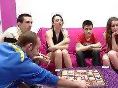 Španjolski gay svingeri i djevojka s veliki penis
