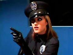 Hardcore policejní výslechové místnosti!
