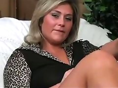 Lick it for milf. JOI and CEI