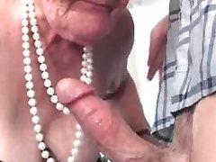 babička kurva