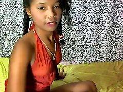 Темнокожая brazilski tinejdžer