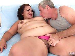 Debela žena uzima debeli kurac