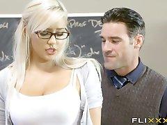 Nádherná Blondýna Teen School Girl