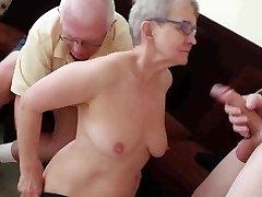 Stariji suprug jebanje s mladićem