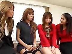 Predivna Asian transrodnost grupni