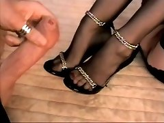 Stocking footjob s cum na nohy a paty