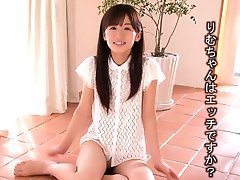 Tiny Rimu Sasahara squirts when fingered then gets fucked