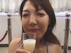 Massive Asian Bukkake with Swap and Swallow 4
