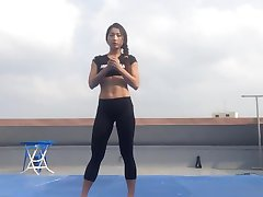 Korean girl Bodyfitness Minsoo workout 02