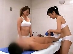 Subtitled CFNM Japanese sauna chick duo penis cleaning