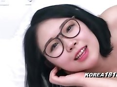 KOREA1818.COM - Glorious Glasses Korean Babe!