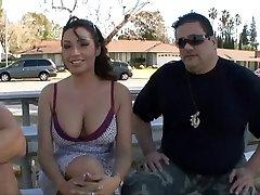 Mulher fodida na frente do marido