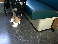 Platforma Mul V Primestni Vlak