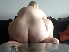 Hot golden-haired bbw amateur drilled on cam. Sexysandy92 i met via DATES25.COM