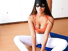 Perfect Bod Teen! Cameltoe Perfection in Tight Yoga Pants!