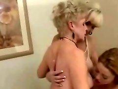 2 Maduro Senhoras & 1 Apertado Lésbicas