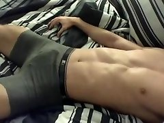 Handsfree cumshote und his brief