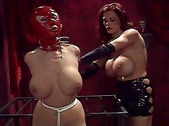 I want to be your bondage damsel