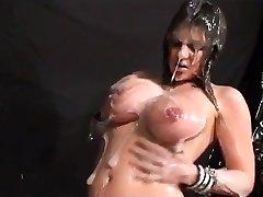 Idea of extraordinary mass ejaculation