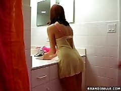 Shower Comfortable - Brandi Belle