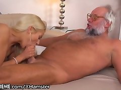 21Sextreme Fucking and Finger-tickling Grandfather