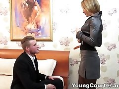 Young Courtesans - The assistant experience