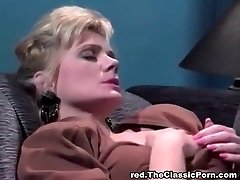Hottest all girl fuck in the office