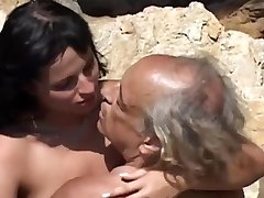 Dirty black-haired rimming and sucking overaged aged cock