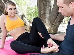 Harley Jade in A Yogic Sole Massage, Episode #01 - 21Sextury