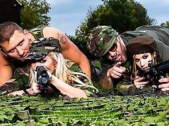 Lexi Lowe & Stella Cox & Freddy Fox & Marc Rose in Tough Fuckin Hoes - Brazzers