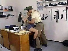 KELLY TRUMP: #91 Polizei Akademie sc.1