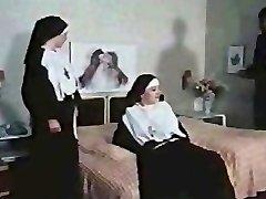 Nuns getting Insatiable (German)