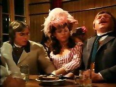 Vintage deutsche gegenseitige Masturbation am Tisch