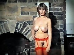 ADDICTED TO LOVE - antique 80's ginormous tits striptease dance