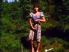 Retro - Lady strokes outdoor