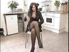 Wild British Housewife