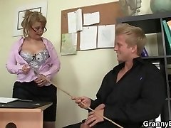 Super-steamy office romp with mature bitch